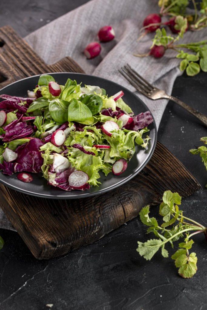 post warzywno-owocowy rzodkiewka sałatka